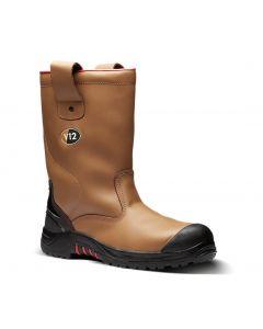 V12 VR690 boots